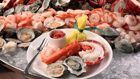 Peacock Alley Sunday Brunch   Image courtesy of Waldorf Astoria New York