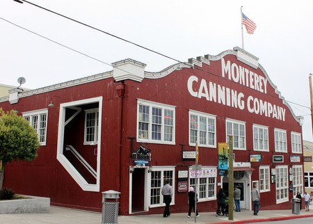 Monterey Cannery Row © Prayitno Photography/Flickr