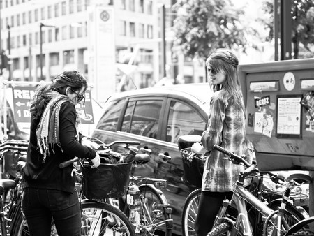 Rent-a-bike / Sascha Kohlmann / Flickr