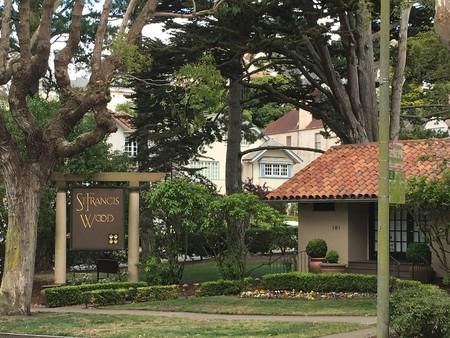 St. Francis Wood park sign and street view © Edissa Nicolás