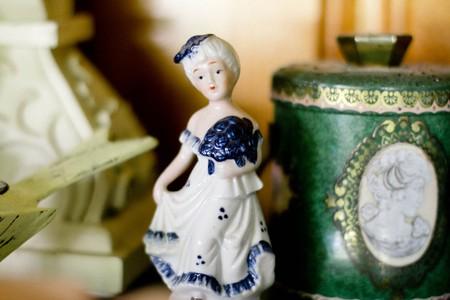 Porcelain Figure 17th Century | © Public Domain Archive