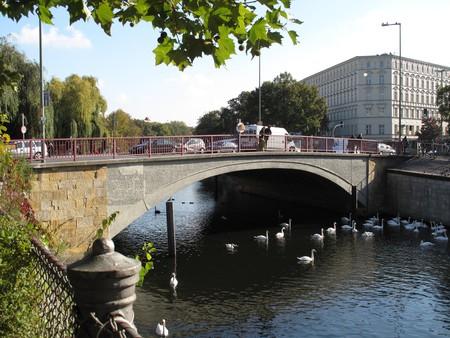 Kottbusser Brücke | Courtesy of Wiki Commons
