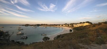 Geordie Bay, Rottnest Island, WA   Courtesy of Tourism Australia © Adrian Brown