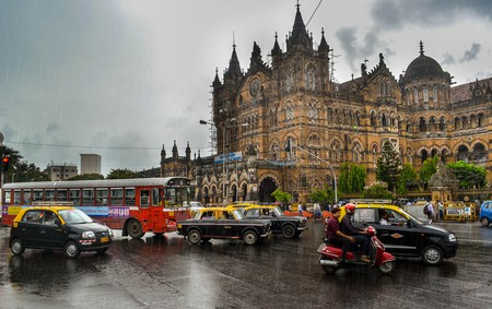 Rainy evenings CST | © Rajarshi Mitra/Flickr