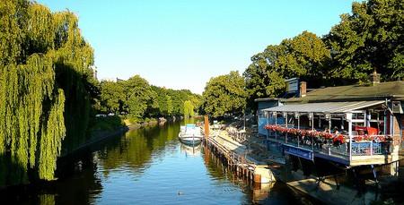 Kreuzberg Canal | © Jenny Poole/Flickr