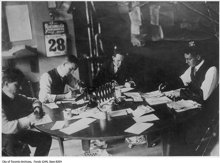 Toronto Star city desk | © Toronto History/Flickr