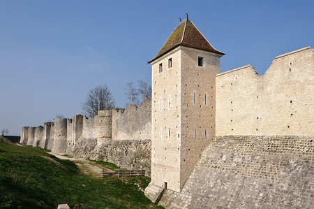 City Walls, Provins | © WikiCommons