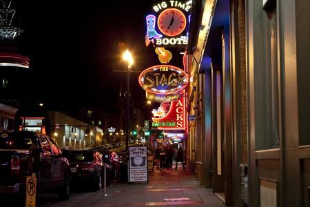 © Broadway. Nashville, Robert Easton/Flickr