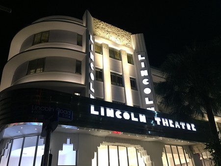 The historic Lincoln Theatre on Lincoln Road | Ines Hegedus-Garcia/Flickr