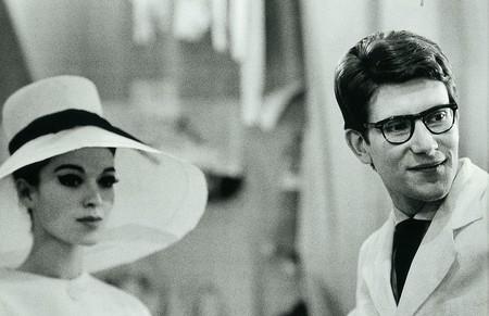 Yves Saint Laurent in 1962 © Victor Soto/Flickr