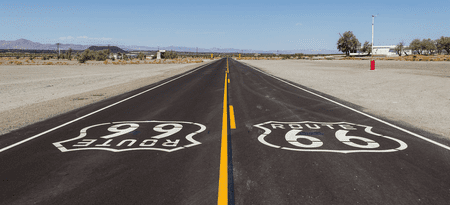 Old Route 66 near Amboy, CA | © Dietmar Rabich/Wikicommons