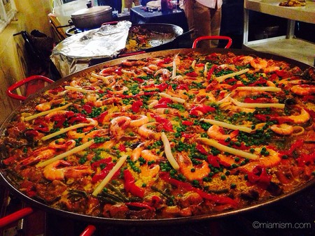 A Traditional Spanish Paella | Courtesy of Ines Hegedus-Garcia/Flickr
