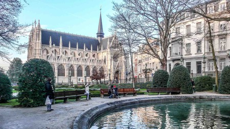 The Petit Sablon garden park boasts a wonderful view of the Sablon's flamboyant Gothic church | ©William Murphy/Flickr