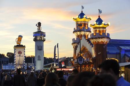 Oktoberfest, the world's biggest beer festival | © Wolfilser / Shutterstock