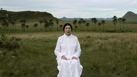 The Space In Between - Marina Abramovic And Brazil   © Elo Company