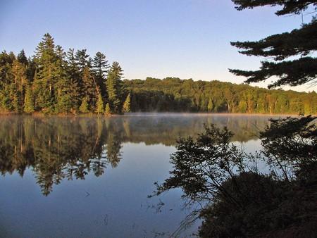 Long Pond, Adirondacks   © Mwanner/WikiCommons
