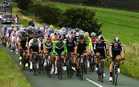Stage Two of the Tour of Britain 2014|©Simon Harrod/Wikicommons