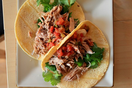 Tacos   © Mike McCune, Wikipedia Commons