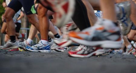 Running shoes © Josiah Mackenzie/Flickr