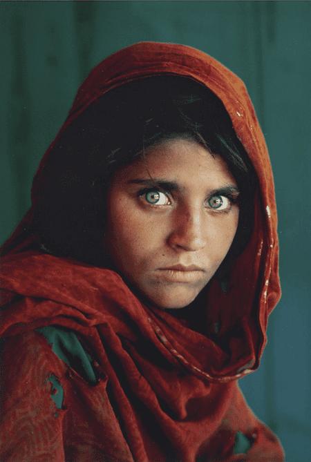 Afghan Girl by Steve McCurry cea+/Flickr