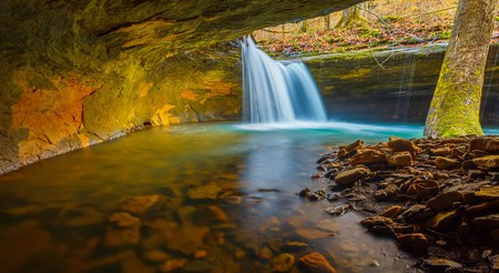 Hidden waterfall in Arkansas | © wxman76/Shutterstock