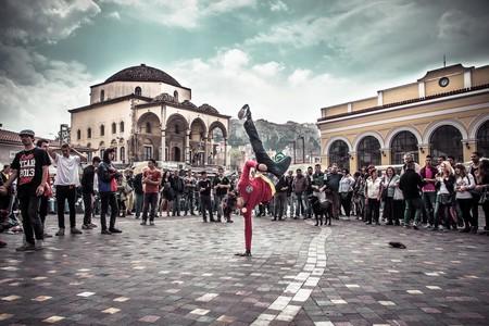 Street dancers at Monastiraki Square, Athens, Greece | © Jaume Escofet/Flickr