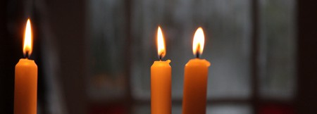 Christmas candle | © Simon Lee/Flickr