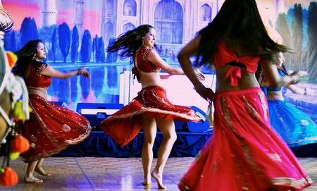 Bollywood dancers | WikiCommons