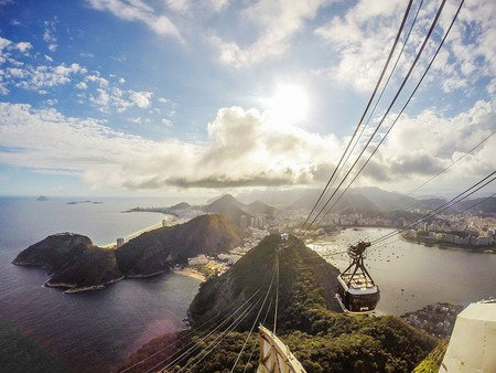 The view from the Sugarloaf mountain  © Tiago Caramuru/WikiCommons