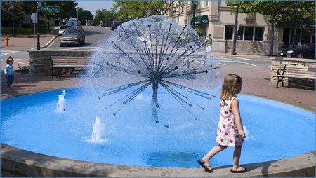 Fountain in downtown Naperville, courtesy of Flickr: Ron Cogswell
