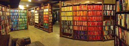 The Last Bookstore © Akos Kokai/Flickr
