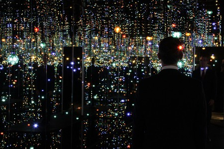 The Infinity Mirrored Room at The Broad © Eric Garcetti/Flickr