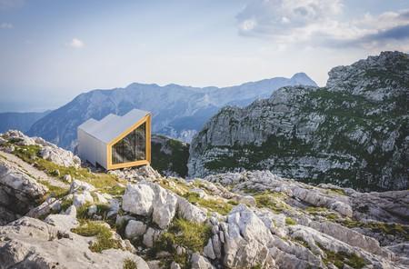 Rider Smart Elements and OFIS Arhitekti, Alpine Shelter, 2016, Skuta, Slovenia   © OFIS Architecture