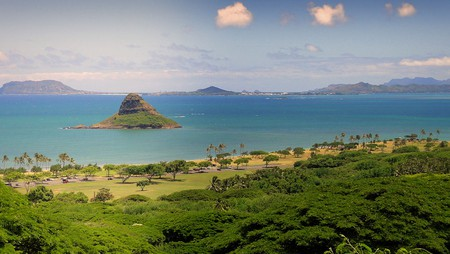 Chinaman's Hat - Oahu Hawaii | © Cristo Vlahos/WikiCommons