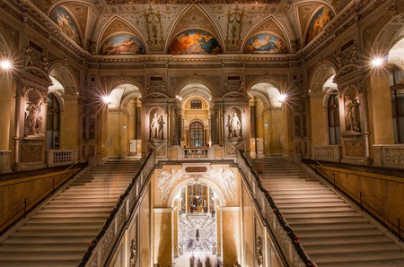 Inside the foyer of the Natural History Museum, Vienna |  ©  Daniel K.
