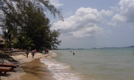 The beach at Otres, Sihanoukville  © Marissa Carruthers