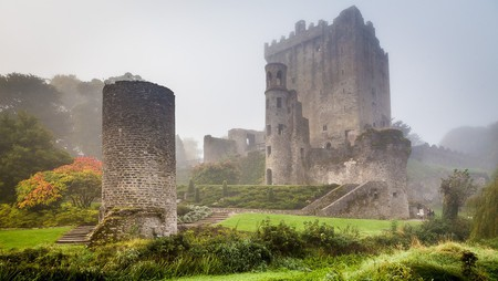 Blarney Castle, built by a branch of the MacCarthy dynasty | © Donncha O Caoimh / Flickr