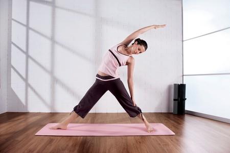 Yoga stretch | © adifansnet/Flickr