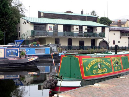 Canal boats outside The Flapper