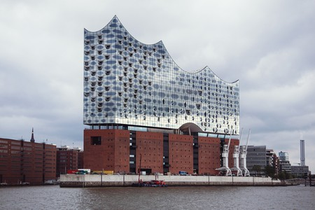 Hamburg's architectural triumph, the new Elbphilharmonie concert hall | © Sophie Wolter