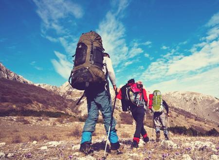 Hiking in Bolivia  © Galyna Andrushko/Shutterstock