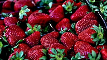 "<a href=""https://pixabay.com/en/strawberry-red-macro-629180/ ""> Strawberries   © szjeno09190/Pixabay</a>"