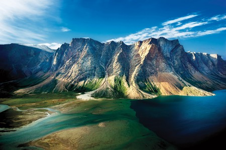 Torngat Mountains' rugged peaks | © ビッグアップジャパン / Flickr