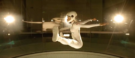 Kyra Poh indoor skydiving   © youtube.com