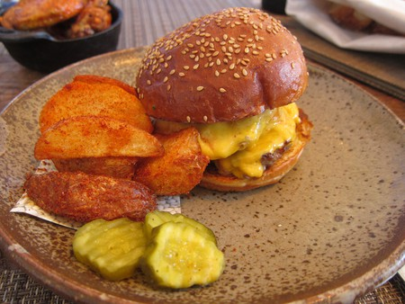 Husk burger | © Daniel Zemans / Flickr