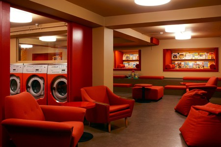 In Laundromat Café visitors can do their laundry