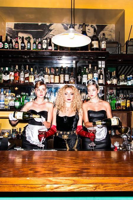 Fun, laughs and some dark beer at Tel Aviv's Geula Bub | © Ronen Kido / courtesy of Geula Bar
