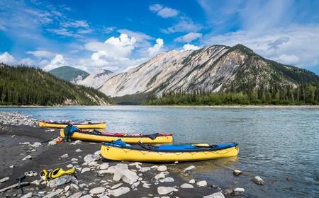 Nahanni River  © Vadim Gouida/Shutterstock