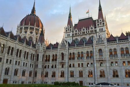 Budapest Parliament Detail | © Attila Malarik / Flickr cc.