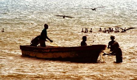 Local fishermen at work | © Verino77 / Flickr